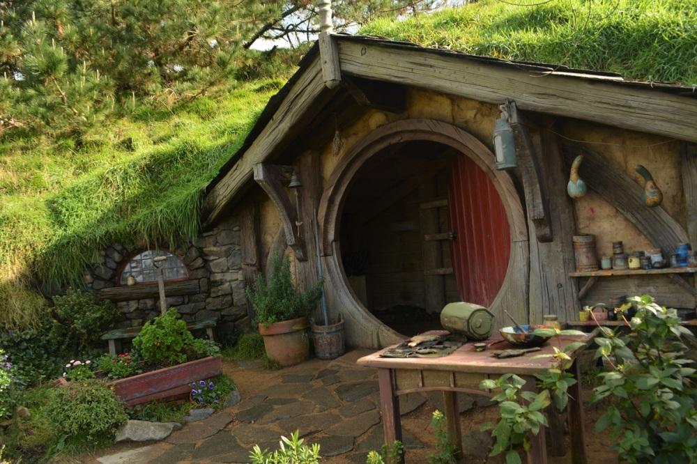 Hobbit Hole New Zealand 1